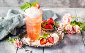 Picture ice, flowers, berries, strawberry, cocktail