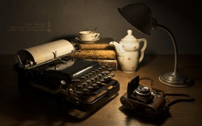 Picture lamp, the camera, Cup, typewriter, teapot