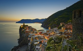 Picture sea, mountains, the city, home, the evening, Italy, Vernazza, Vernazza, Liguria