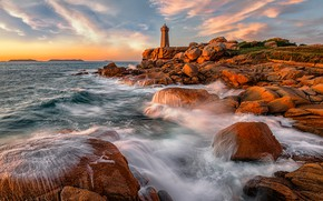 Picture sea, wave, the sky, clouds, light, sunset, stones, rocks, dawn, shore, lighthouse, surf, boulders
