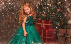 Picture holiday, toys, new year, girl, gifts, tree, child, box, bokeh, Козел Марта