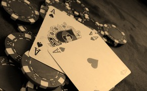 Picture card, chips, 2 aces