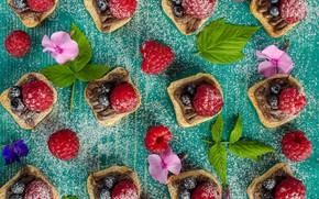 Picture berries, chocolate, nuts, dessert, pronoe