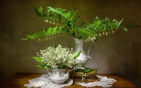 Picture bouquet, vase, lilies of the valley