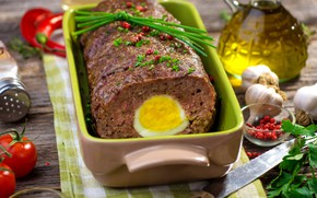 Picture egg, oil, tomato, garlic, meat loaf