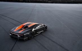 Picture asphalt, Bugatti, the wheel marks, hypercar, Chiron, Super Sport 300+