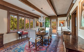 Picture room, interior, dining room, Sedona, Dry Creek Rd