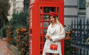 Picture Model, Telephone, Olya Alessandra