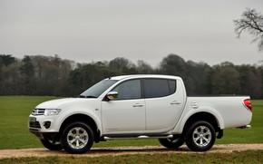 Picture white, Mitsubishi, side view, pickup, 2014, Barbarian, L200