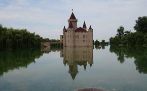 Picture pond, reflection, castle, architecture