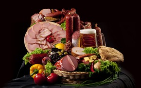 Wallpaper beer, pepper, tomatoes, olives, sausage, ham