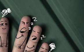 Picture dreams, night, sleep, fingers, dissatisfaction, храп