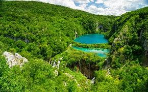 Picture greens, forest, the sun, trees, lake, rocks, waterfalls, the view from the top, Croatia, Plitvice …