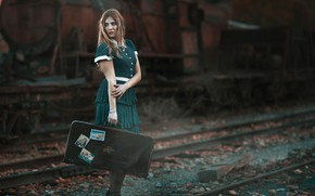 Picture girl, pose, mood, rails, the engine, suitcase, Antonio Conde