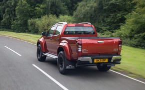 Picture roadside, pickup, Isuzu, 2016, Arctic Trucks, D-Max, UK version, AT35
