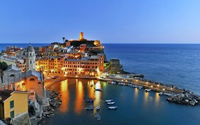 Picture road, landscape, nature, the city, home, boats, the evening, lighting, Italy, twilight, Vernazza, Vernazza, Cinque …