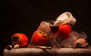 Picture berries, glass, persimmon