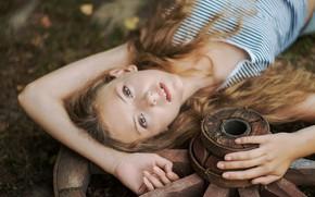 Picture look, Girl, wheel