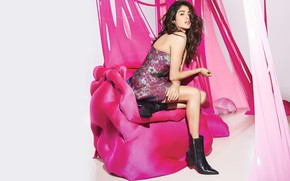 Picture girl, legs, beautiful, model, indian, actress, celebrity, bollywood, Janvi kapoor
