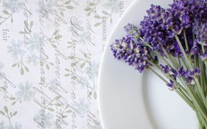 Picture plate, vintage, lavender