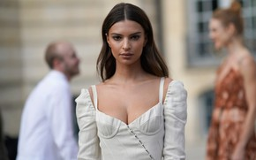 Picture look, pose, model, actress, model, hair, actress, Emily Ratajkowski, Emily Ratajkowski, Emily Ratajkowski, background street