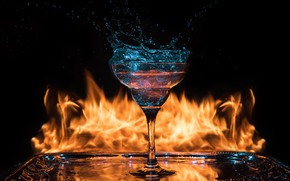 Picture fire, glass, cocktail