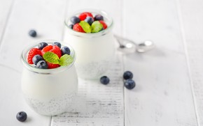 Picture berries, jars, pudding, Chia seeds