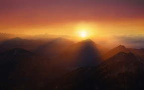 Picture sunset, mountains, haze