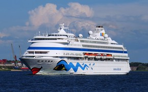 Picture liner, cruise, the Baltic sea