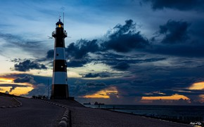 Picture sea, the sky, clouds, coast, lighthouse, ships, the evening, horizon, zakt, Netherlands, Breskens Lighthouse