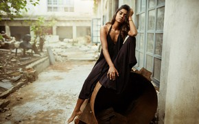 Picture girl, hot, eyes, figure, model, pretty, beauty, brunette, pose, cute, indian, actress, celebrity, bollywood, anusha
