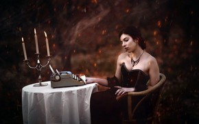Picture girl, candles, typewriter