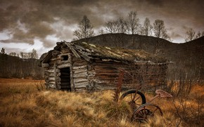 Picture the barn, old, rust, seeder