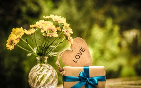 Picture nature, table, gift, heart, bouquet, yellow, vase