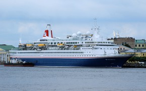 Picture bunkering, cruise, liner, port