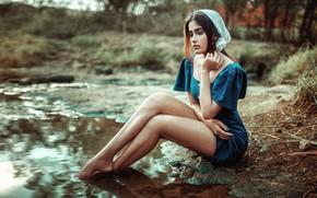Picture girl, river, Vidya
