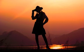 Picture sunset, hat, silhouette