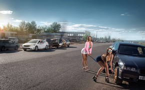 Picture road, auto, crash, machine, girls, the situation, poses, Aydar Alonso, wheel replacement, men Looky-Loos