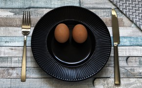Picture smile, table, Board, eggs, plate, knife, black, plug, brown, smiley, submission, serving, chicken, tarelka
