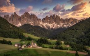 Picture mountains, Alps, Italy, Church, South Tyrol, The Dolomites, Natural Park Puez-Odle, Park Puez-Geisler