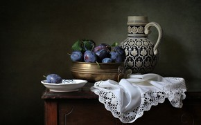 Picture style, plate, pitcher, still life, plum, napkin