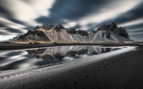 Picture sea, shore, Vestrahorn Islande