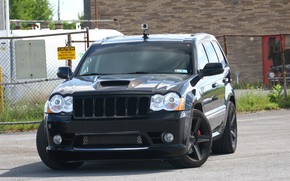 Picture machine, street, lights, tuning, camera, the hood, SUV, SRT8, front, tuning, wheel, SRT, Jeep, Jeep …