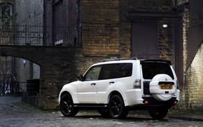 Picture white, Parking, Mitsubishi, 2012, Black, Pajero, SUV, Shogun, the five-door, spare wheel, Montero