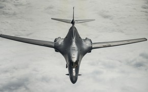Picture UNITED STATES AIR FORCE, strategic bomber, Rockwell B-1 Lancer, with variable sweep wing, supersonic