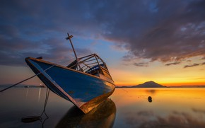 Picture boat, Indonesia, island Ditch