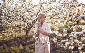 Picture trees, pose, smile, hair, Girl, flowers, Sergey Sorokin, Luba Ivanova