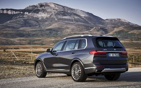 Picture mountains, BMW, 2018, crossover, SUV, at the curb, 2019, BMW X7, X7, G07