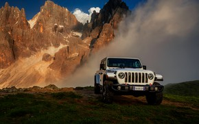 Picture white, SUV, pickup, Gladiator, 4x4, Jeep, Rubicon, 2019, mountains in the background