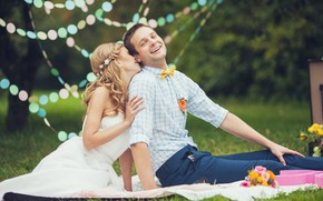 Picture grass, girl, love, happiness, dress, pair, male, decoration, the bride